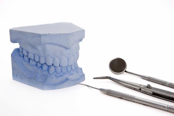 入れ歯の作り方